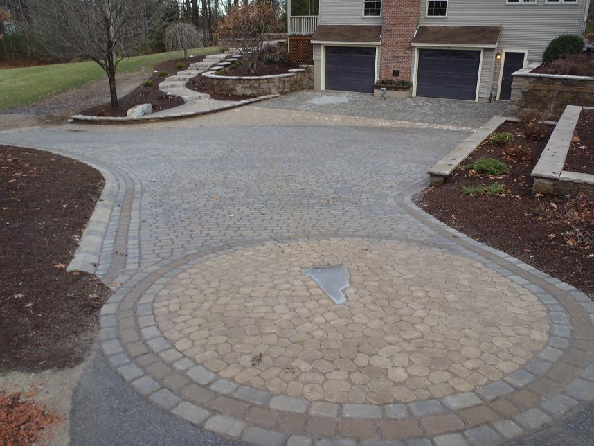 SOUTHERN NEW HAMPSHIRE PAVER DRIVEWAY INSTALLATION